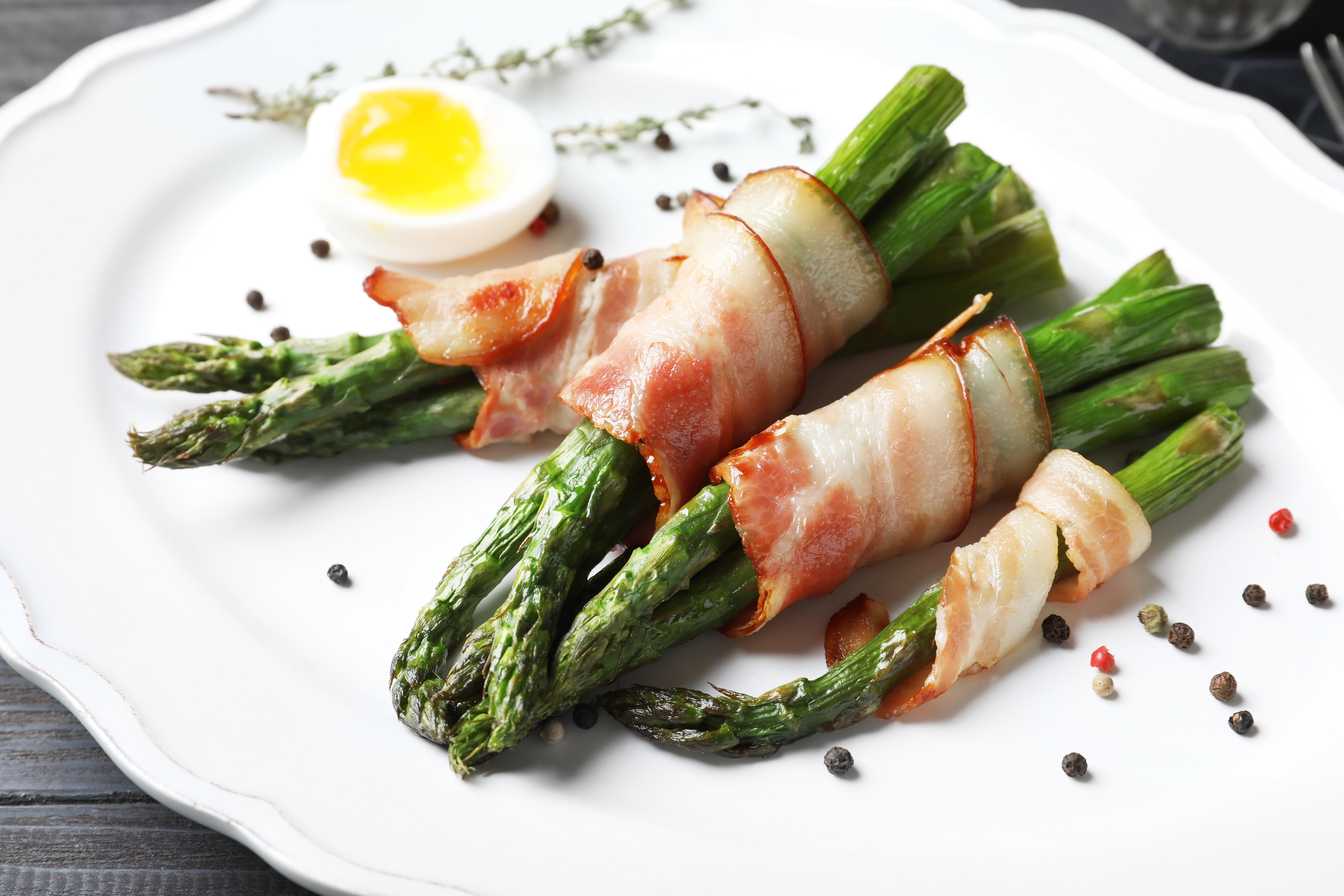 Bacon Wrapped Asparagus and Eggs