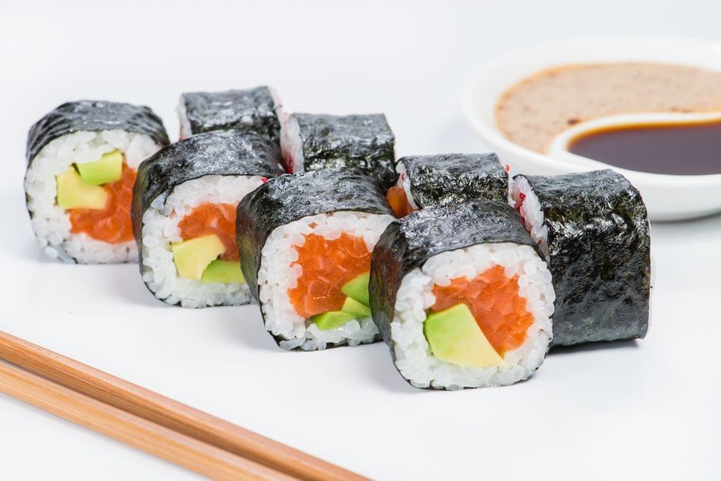 Smoked Salmon Avocado Sushi Roll - Ketogenic Diet Resource