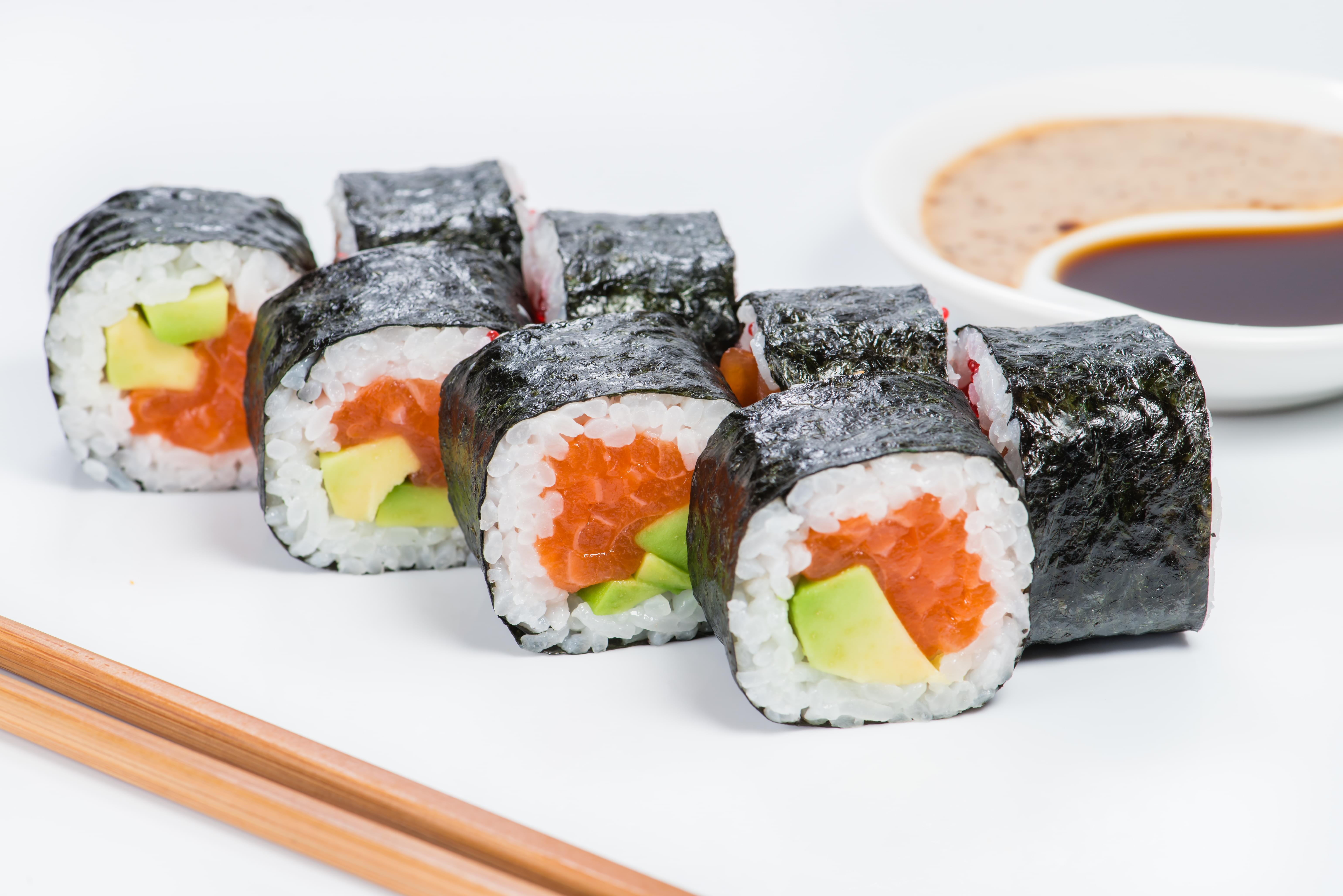 Smoked Salmon Avocado Sushi Roll
