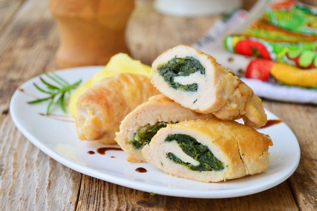 Spinach and Bacon Stuffed Chicken Thighs