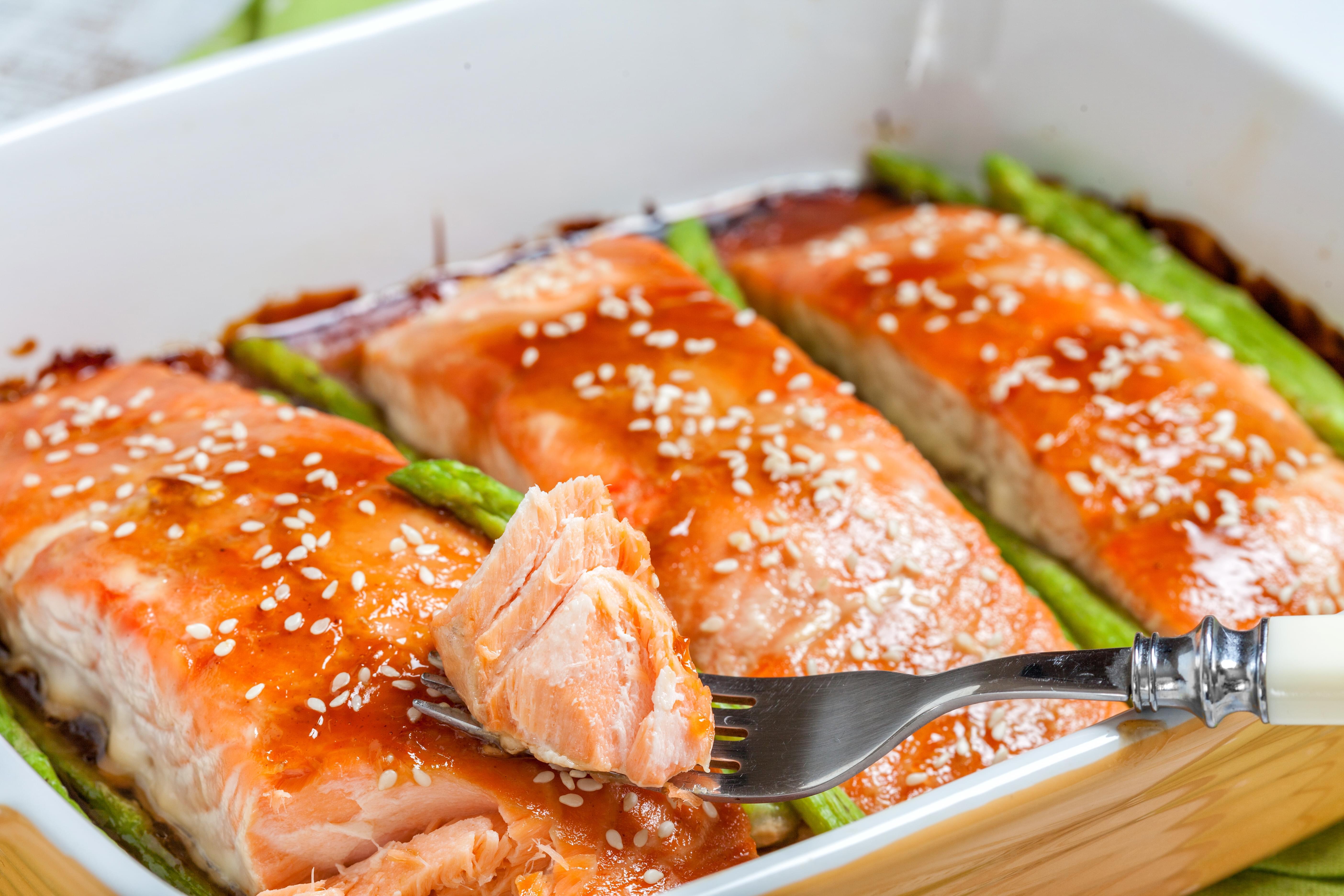 Teriyaki Salmon with Spicy Mayo and Asparagus
