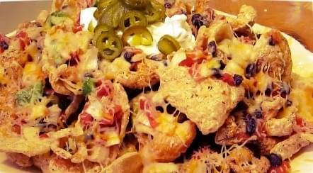 Cheesy Pork Rind Nachos