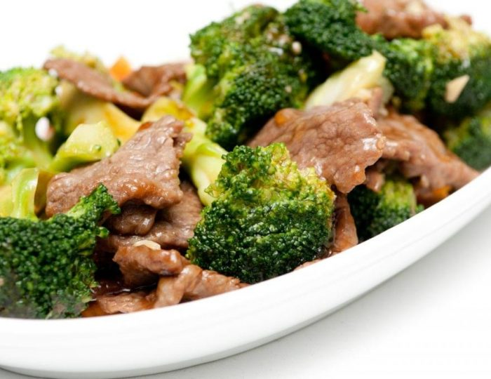 Beef-and-Broccoli-Stir-Fry-e1517246184975