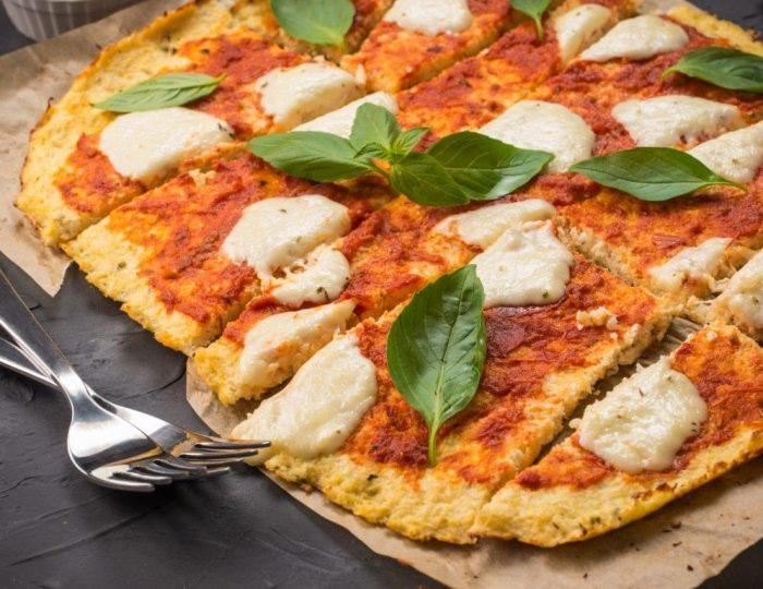 Cauliflower-Pizza-e1517245711428