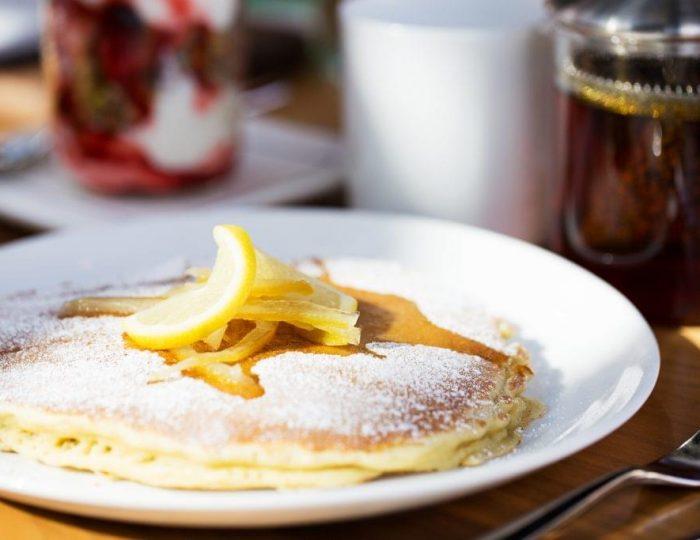 Lemon-Lavender-Ricotta-Pancakes-e1517260285839