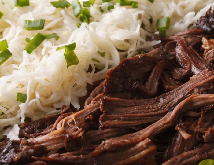 Pulled-Pork-with-Cabbage-Slaw-e1517246258317